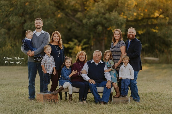 Image of 2018 Extended Family Session