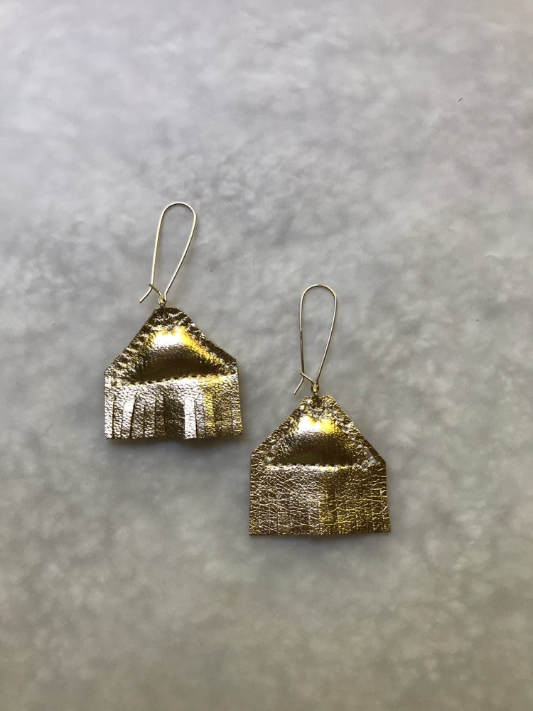 Image of The S Triangle Earrings in Gold
