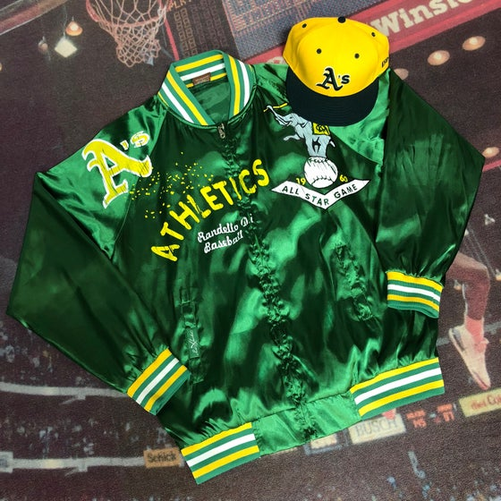 Image of Oakland Athletics Jacket - Size Medium