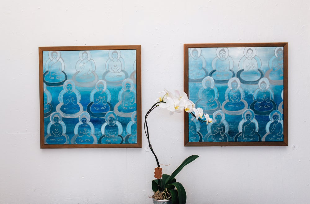 Image of A pair of Buddhas in Blue