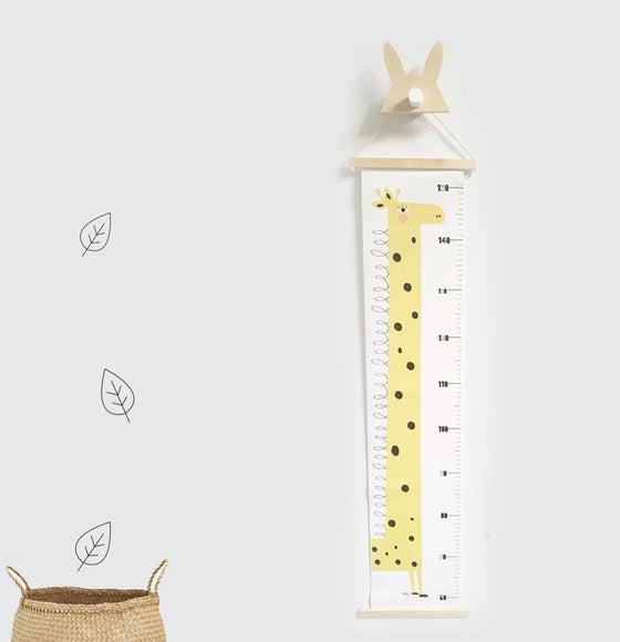 Image of Growth Chart Giraffe