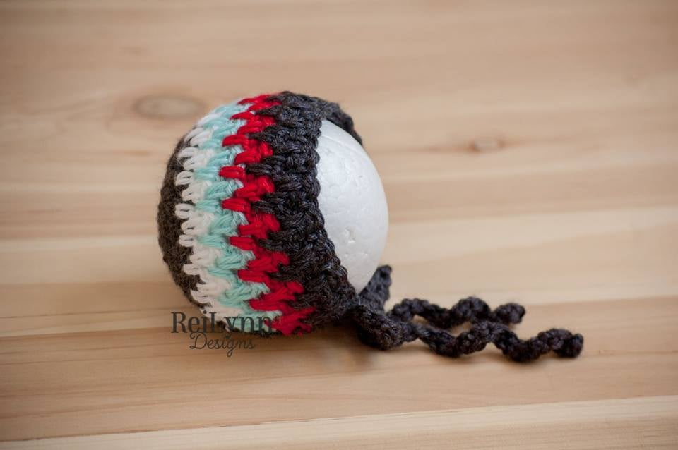 Image of Charcoal, White, Aqua and Red Bonnet