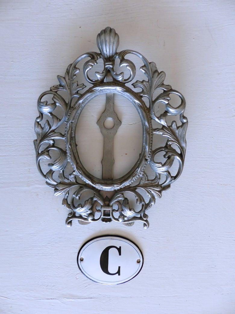 Image of Ancien cadre indus en aluminium