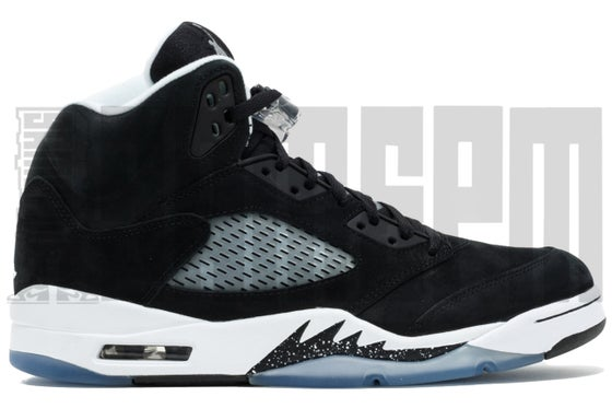 "Image of Nike AIR JORDAN 5 RETRO ""OREO"""