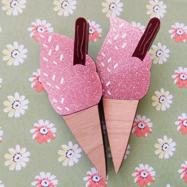 Image of Pink Sherbet Flake Icecream Brooch