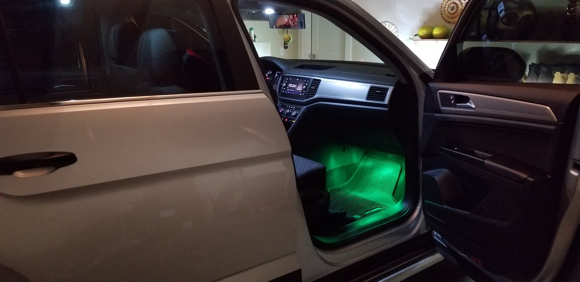 remote control color changing footwell leds fits volkswagen atlas all years and trims deautokey. Black Bedroom Furniture Sets. Home Design Ideas