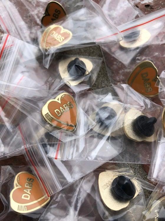 Image of DABS HEART - Hard enamel pin