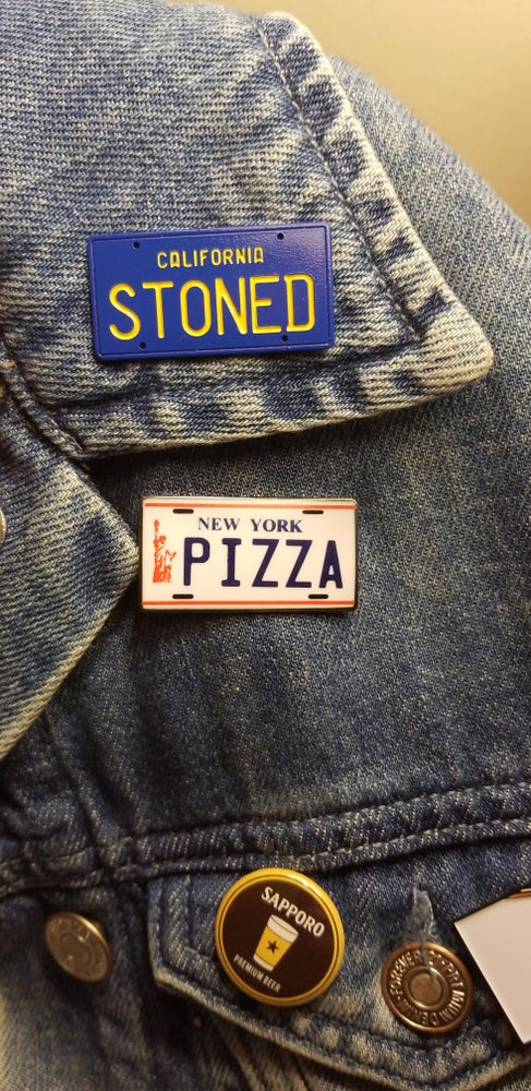 Image of NEW YORK PLATE PIN
