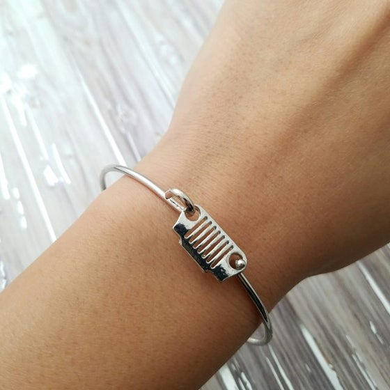 Image of Silver Jeep Bracelet