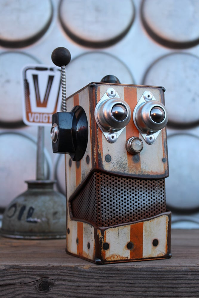 Image of Small Robot Bank Harmon