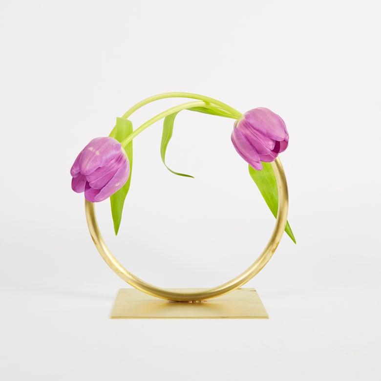 Image of Vase 527 - Towards a Circle Vase