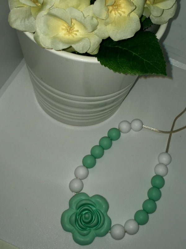 Image of Flower Necklaces