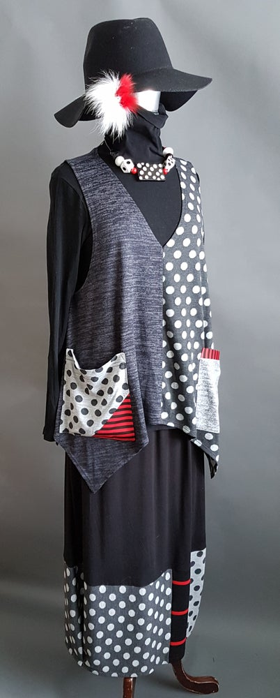 Image of Polka-dots top, dark grey