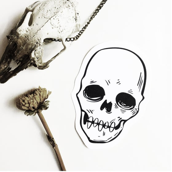 Image of Skull Sticker