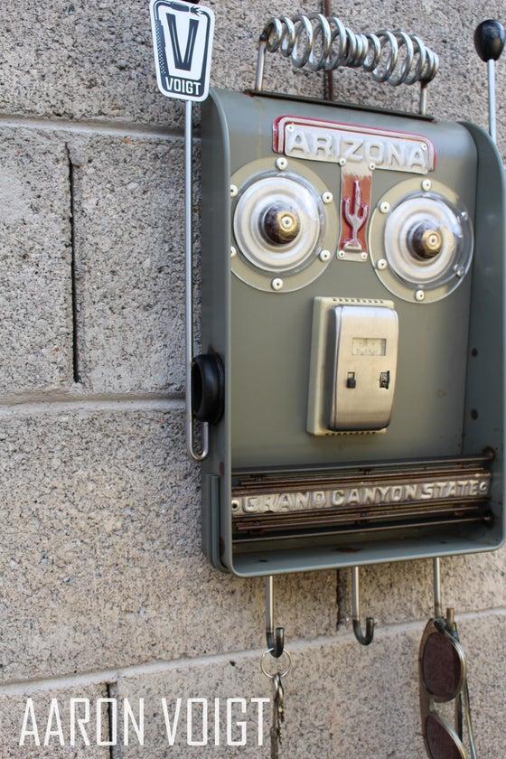 Image of Arizona Robot Key Rack Organizer