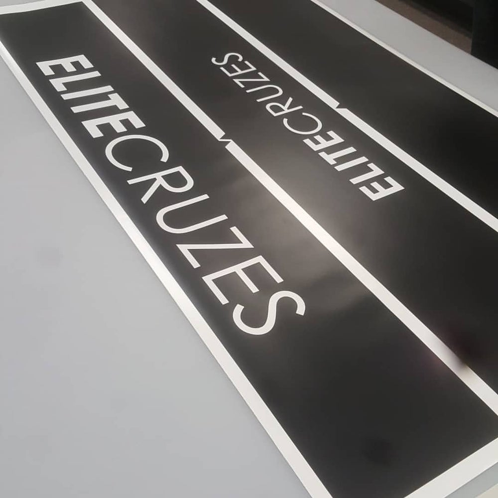 Image of WINDSHIELD BANNERS (CUTOUT/OVERLAY)