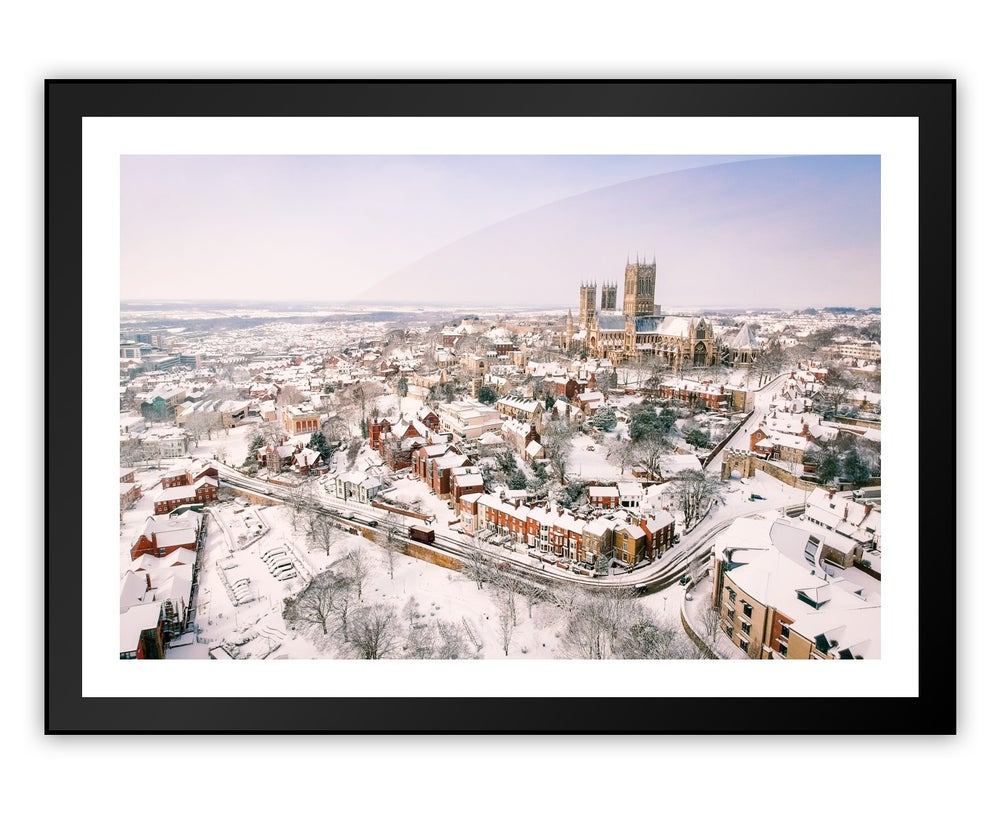 Image of Lincoln In Snow