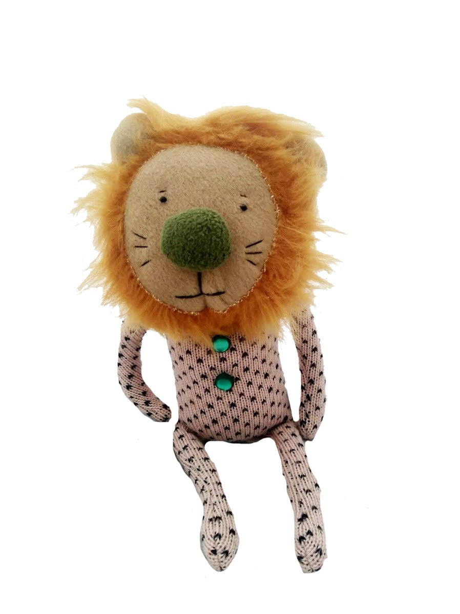 Image of Larry the lion