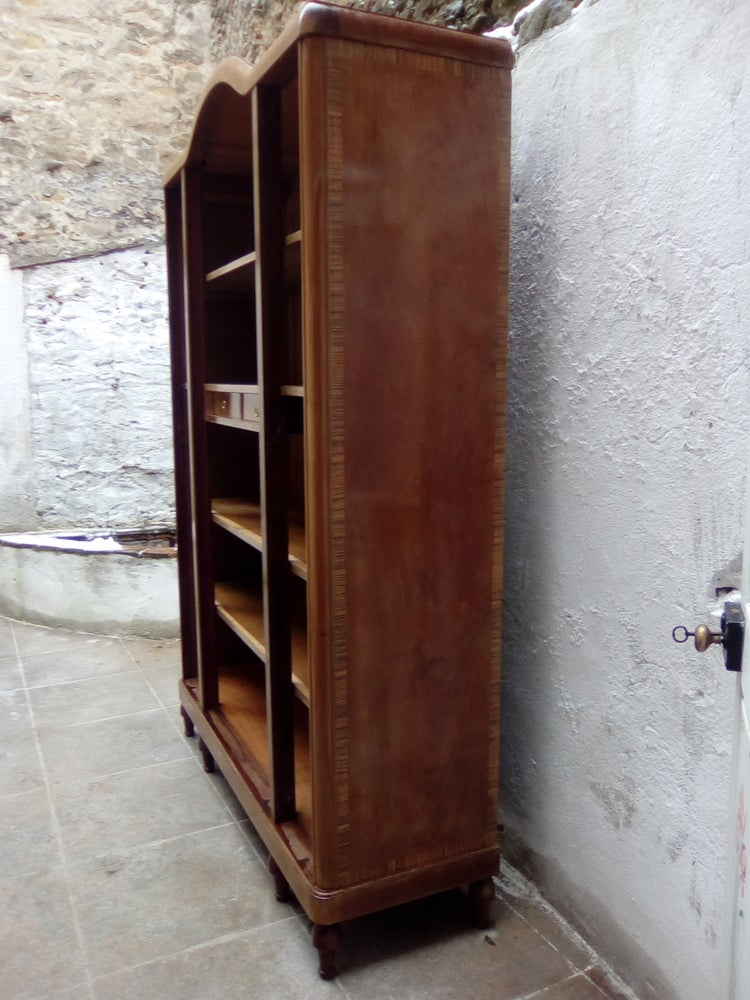 Image of Armoire Shabby chic créme