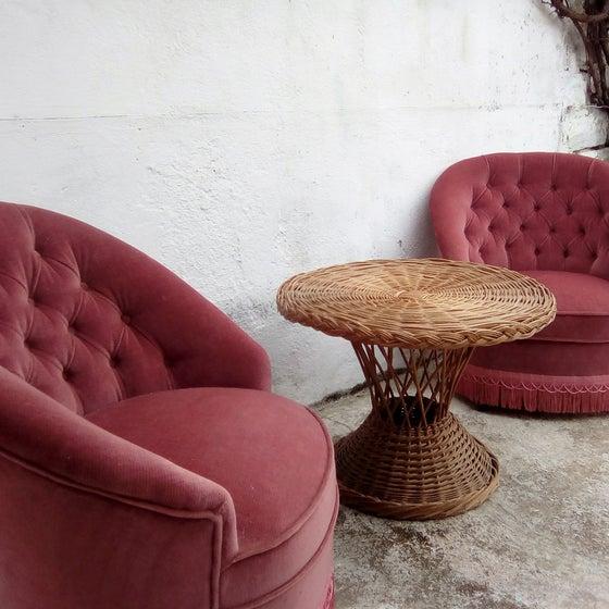 Image of Paire de fauteuil crapaud rose