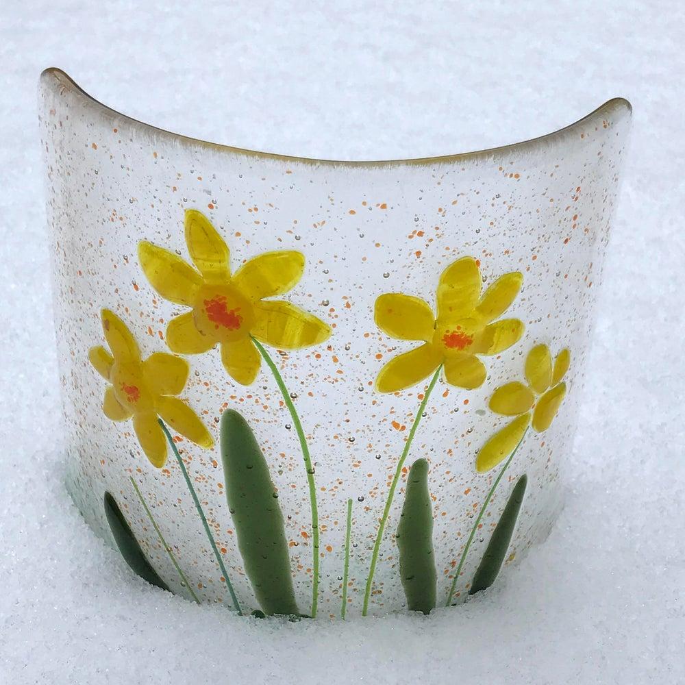 Image of Daffodil curve glass art