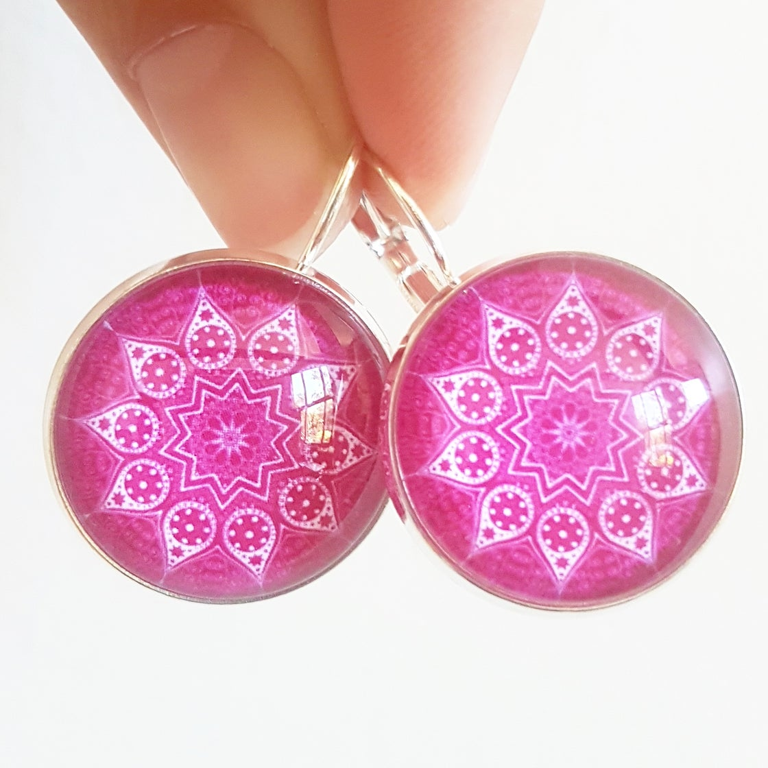 Image of NEW! Earrings - Pink Mandala