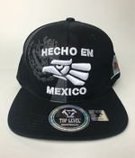 Image of HAT Hecho en mexico snapback BLack & white  color