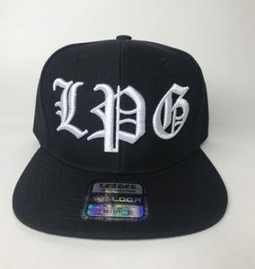 Image of BLACK HAT SNAPBACK  LPG IN WHITE