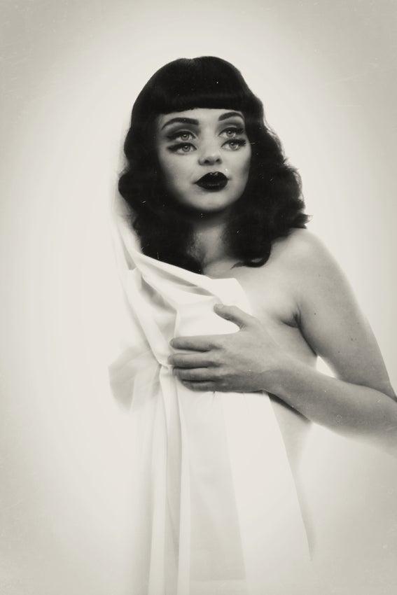 Image of Lisa no.2, 2013 10 x 14 print