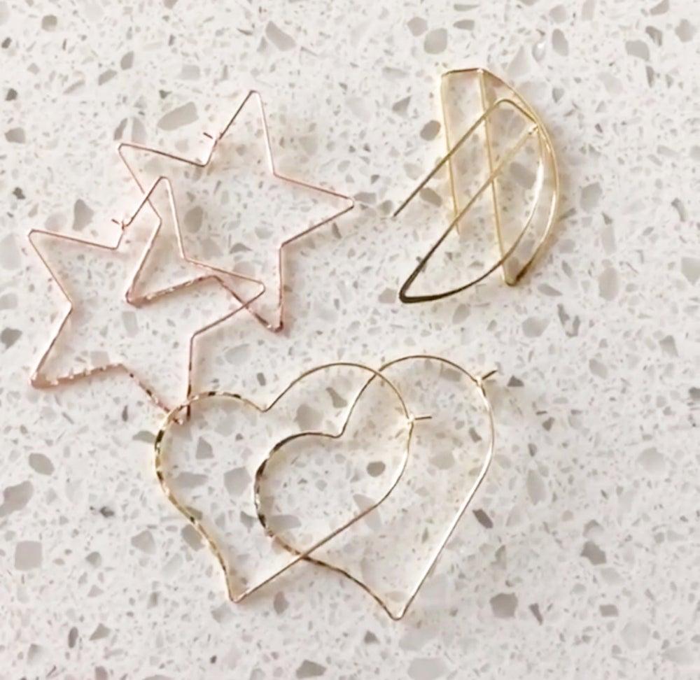 Image of Wire earrings