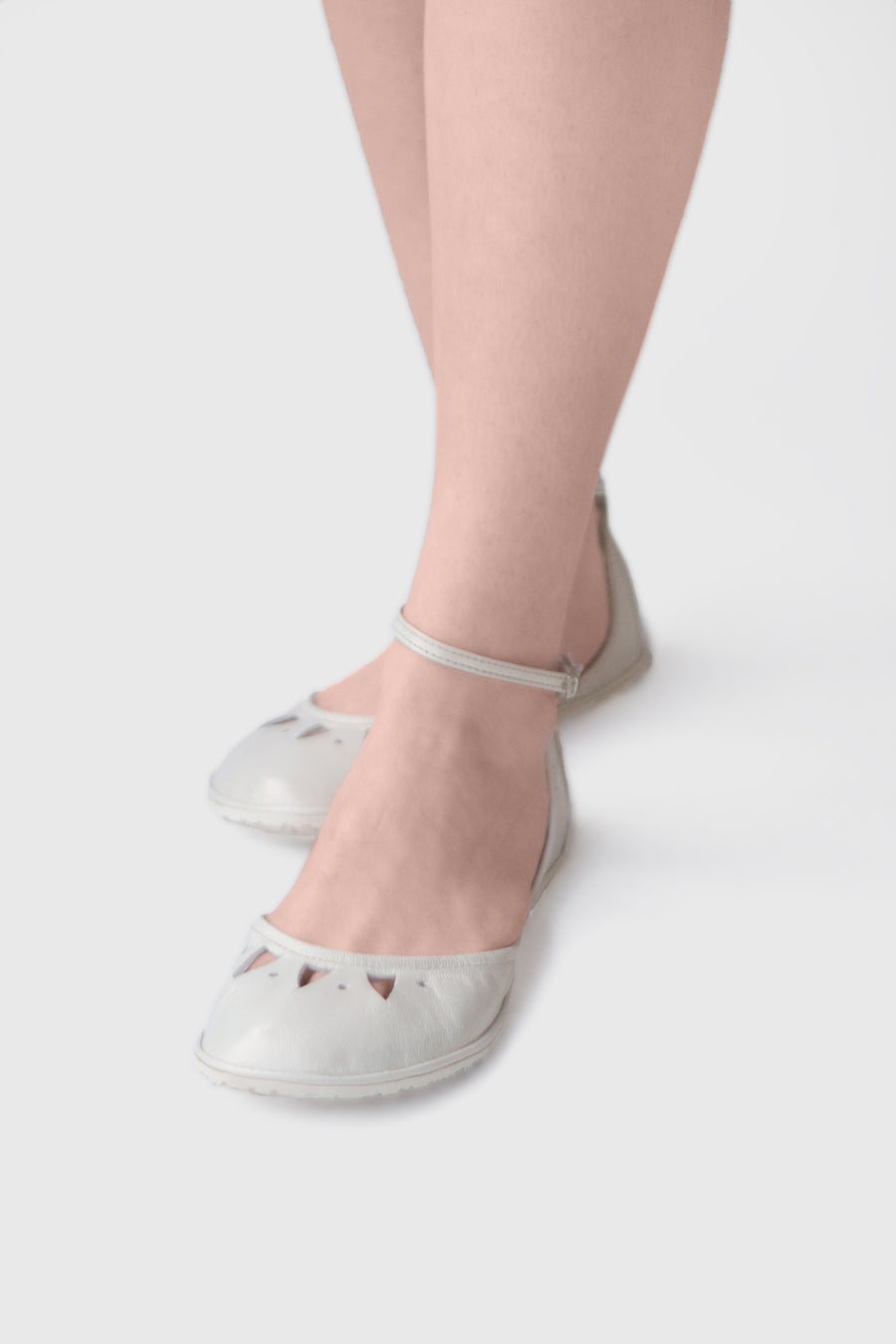 Image of Kali in Light Ivory - Handmade two-piece leather flats