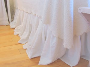 "Image of The ""Anabelle""  Linen Dust Ruffle Full Size"