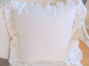 """Image of The """"Britta"""" Ruffle Pillow"""