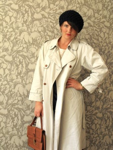 Image of Vintage Light Trench Coat UK 12-14 Eur 40-42 US 8-10