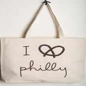 Image of I Pretzel Philly tote