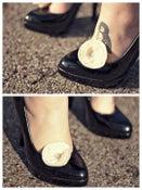Image of Felt Blooms   Shoe Clips