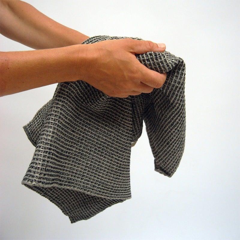 Image of Bubbel linen hand towel
