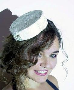 Image of S002 - İncili Dantel Şapka