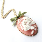 Image of Vintage style cameo necklace