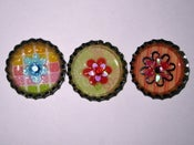Image of Bottle cap magnet - flower