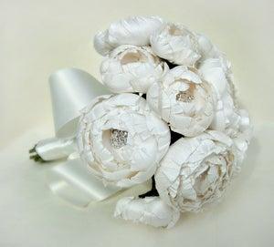 Image of All White Catala Bouquet in Silk Dupioni and Silk Taffeta