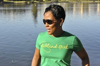 """Image of Kelly Green """"Oakland A's"""" Tee"""
