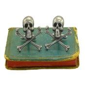 Image of Skull & Crossbones Cufflinks