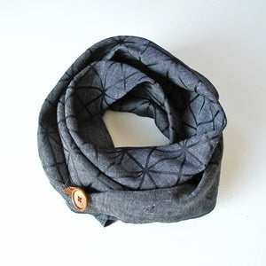 Image of Linen Button Scarf - Black on Charcoal