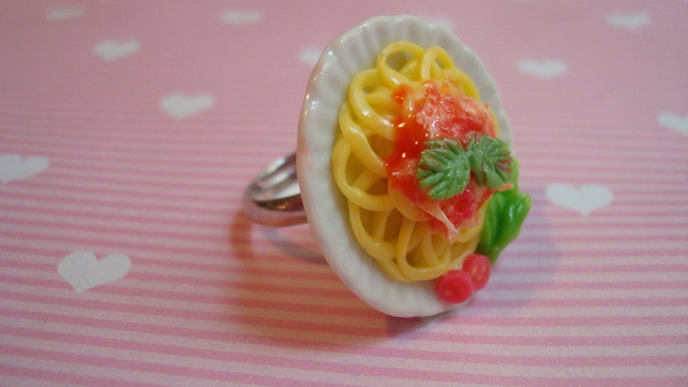 Image of Spaghetti Bolognese Ring