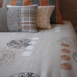 Image of chinese circle bed linen