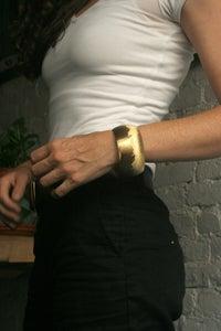 Image of XBig round Bracelet Brass.
