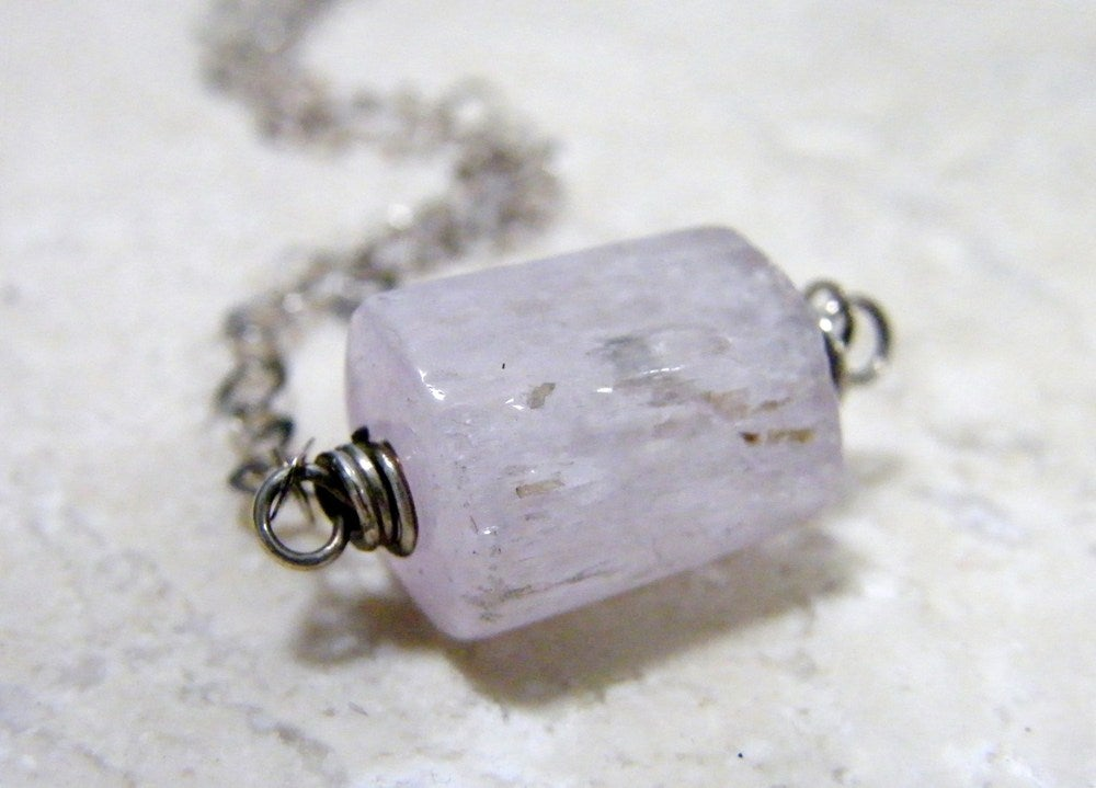Image of large barrel kunzite necklace