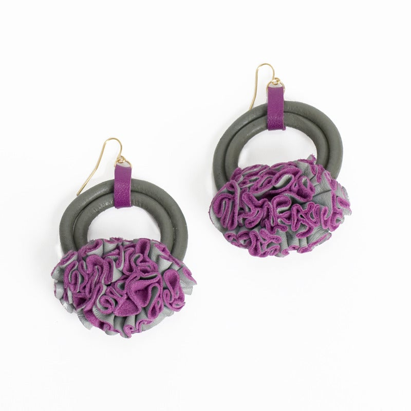 Image of victorian ruffle edge earrings