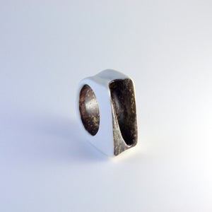 Cavern Ring